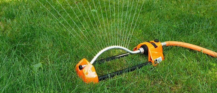How Do Oscillating Sprinklers Work
